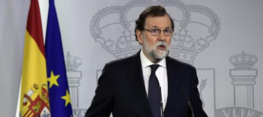 """Catalogna: Rajoy a Barcellona fa appello alla """"maggioranza silenziosa"""""""