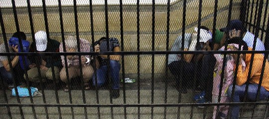 La proposta per carcerare i gay in Egitto e altre notizie che non leggerete sui giornali