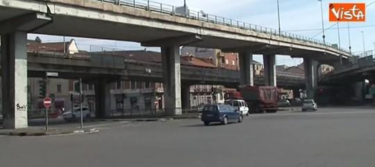 Sassi contro auto: arrestati due17ennia Messina