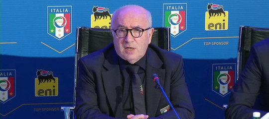 Calcio: Ventura non è più il ct azzurro, Tavecchio non si dimette