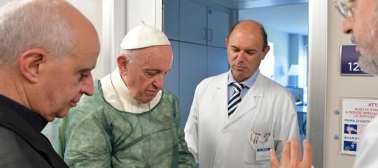 Cosa ha detto esattamente il Papa su eutanasia e fine vita