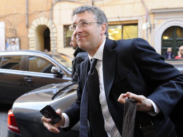 Mafia Capitale: Cantone, commissariare appalto Cara di Mineo