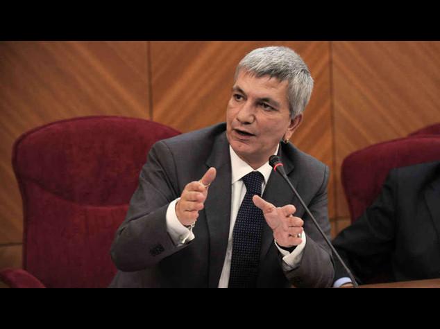 Puglia: Vendola, 10 anni governo sono lunghi, ora tocca ad altri