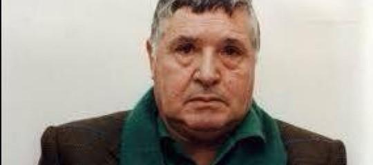 Riina: il feretro del boss sbarcato a Palermo, verso Corleone per la sepoltura