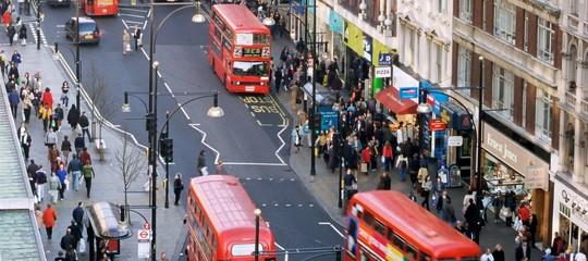"""Paura a Londra. Rientra l'allarme a Oxford Circus, """"nessun attentato"""""""