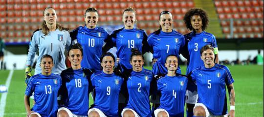 Mondiali di calcio, le donne faranno meglio degli uomini?