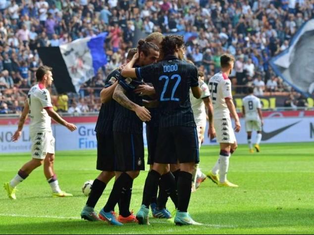 Tonfo Inter con il Cagliari  Ancora pari Milan