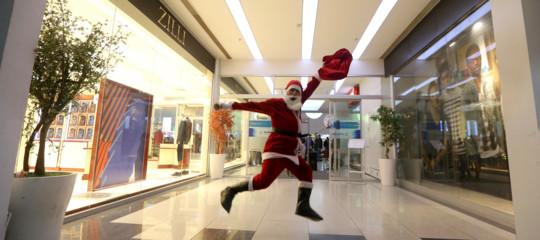 Natale: cosa compreranno, quanto spenderanno e per chi gli italiani
