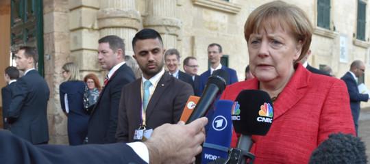 Tremila euro ai richiedenti asilo perché tornino a casa. Succede in Germania
