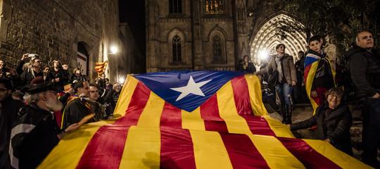 Cosa c'è da sapere sul voto in Catalogna