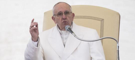 """Quali sono, secondo il Papa, i """"peccati gravi"""" per un giornalista"""