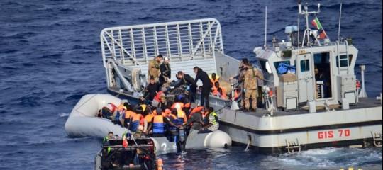 lavoro tasse sicurezza migranti banche fake news