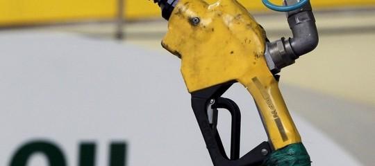 Petrolio: Up stima consumi -2,7% a novembre