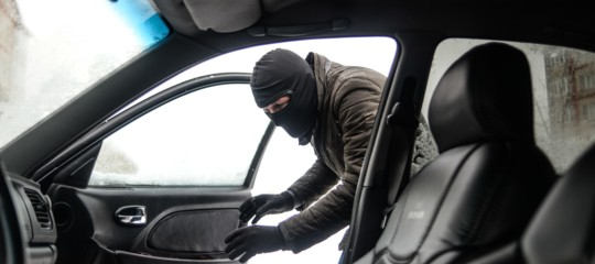 roma capitale furti auto napoli
