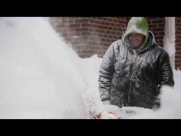 Usa: 12 morti per bufere New York, allarme crolli a Buffalo -  Video