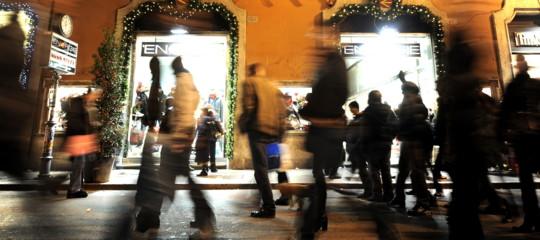 Fiducia dei consumatori a 116,2, è ai massimi da due anni