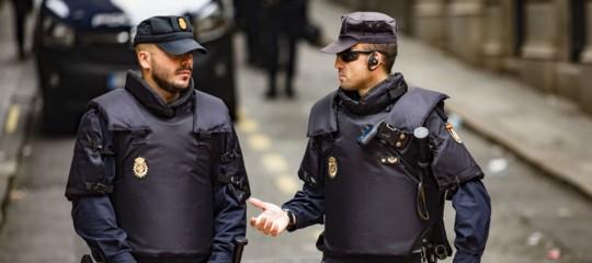 Catalogna: al via il ritiro della polizia di Madrid, saràcompletato entro sabato