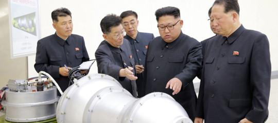 Corea del Nord:KimJongUn ha cominciato l'anno parlando del pulsante nucleare sul suo tavolo