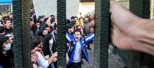 In Iran l'anno inizia con una nuova giornata di scontri