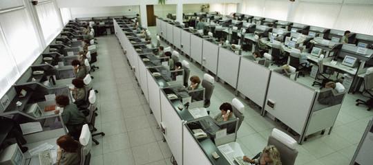 I robot dominano nei call center, ecco come tutelarci in Italia