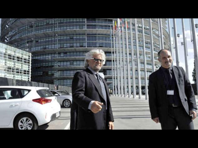 """Grillo, """"Italicum incostituzionale"""" """"Con la nostra vincono loro"""""""