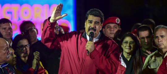 Inflazione da follia in Venezuela, dove una sigaretta costa quanto 166 litri di benzina