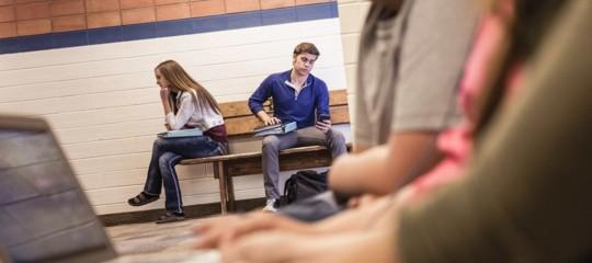 Entrare a scuola alle 10 migliorerebbe il rendimento? Un esperimento a Brindisi