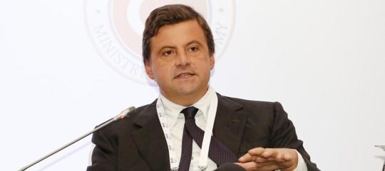 Calenda:tre offerte per Alitalia, in settimana la scelta