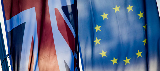 Brexit: Commissione, naturale che Ue si prepari a non-accordo