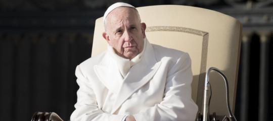 """Papa Francesco: """"Ho paura di una guerra nucleare, siamo al limite"""""""