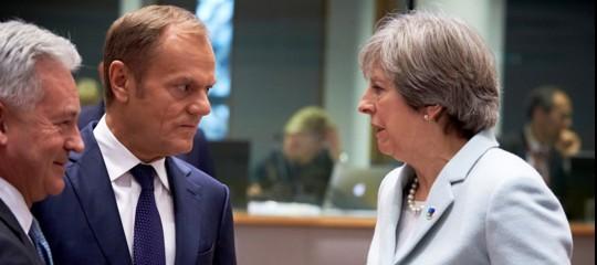 """Appello di Tusk a Londra: """"Sulla Brexitsiete in tempo per ripensarci"""""""