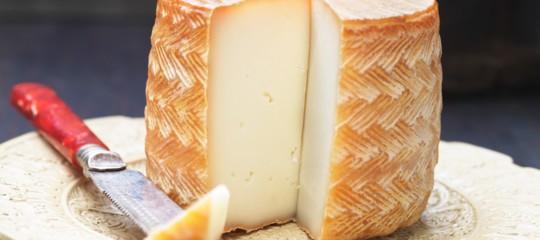 Spagna e Messico stanno litigando a Bruxelles sul formaggio Manchego