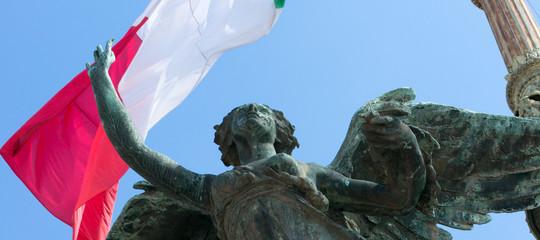 Quanto sono soddisfatti gli italiani delle loro condizioni di vita?