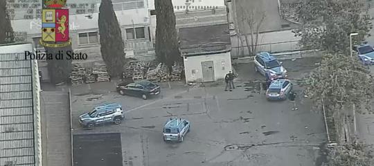 Blitz della Polizia contro la mafia cinese a Prato, 33 arresti