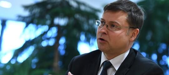 Elezioni:Dombrovskis, Italia deve continuare ridurre deficit