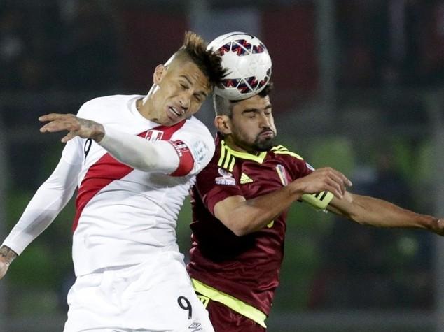 Coppa America: Peru'-Venezuela 1-0, le giornaliste non si spogliano