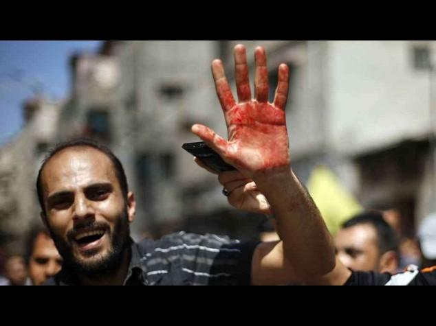Gaza: oltre 300 palestinesi morti in 12 giorni, Israele va 'a caccia' dei tunnel di Hamas