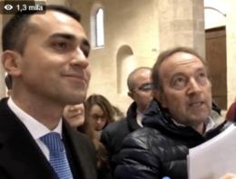 L'Aquila, Di Maio visita la basilica e la domanda gela gli 'scaramantici'