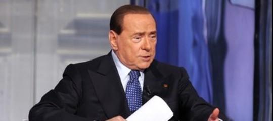 """Berlusconi rassicura l'Ue, rispetteremo la regola del 3%. """"Merkel ci sostiene"""""""