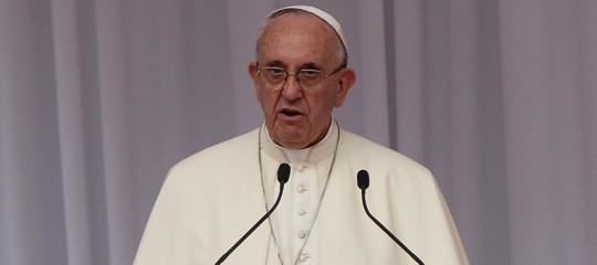 Papa:chiedo scusa per aver chiesto le prove alle vittime di abusi