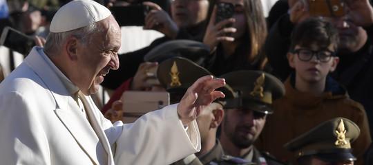 """Papa Francesco: """"la corruzione è più pericolosa dell'influenza"""""""
