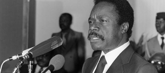 """Gli """"eterni presidenti"""" del Gabon, più monarchia cherepubblica"""