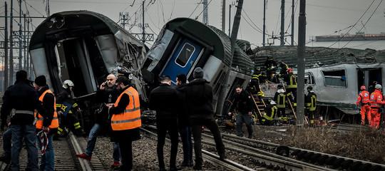 Treno deragliato:ripresa circolazione ferroviaria su due binari
