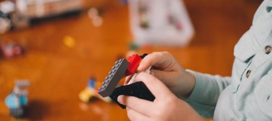 """Il mattoncino Lego compie 60 anni. Tutti i numeri del """"giocattolo del secolo"""""""
