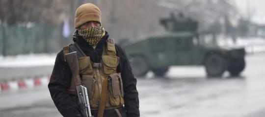 Attacco Isis contro accademia militare a Kabul, uccisi 5 soldati