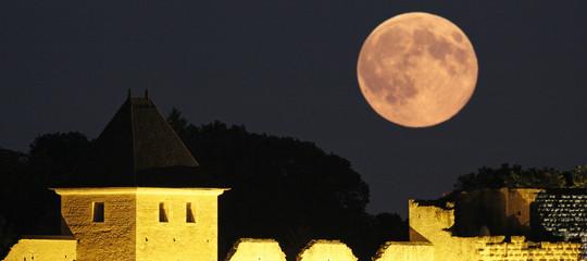 La luna del 31 gennaio sarà specialee spettacolare.Per 4 ragioni