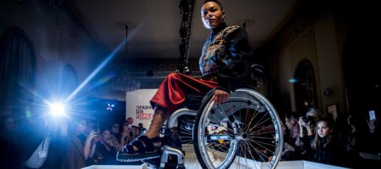 Fashion e innovazione in passerella grazie a 16 modelle disabili che sfilano perClayton