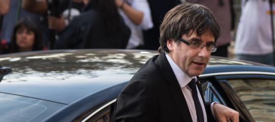 Catalogna: il Parlamento rinvia la seduta ma Puigdemont resta candidato