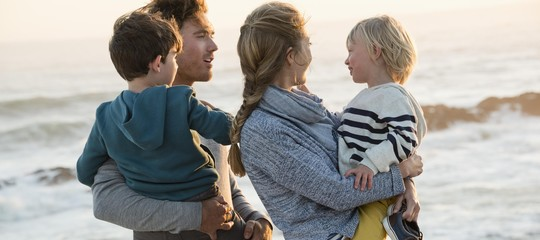 Congedo di paternità? Non basta a difendere lo stipendio delle donne