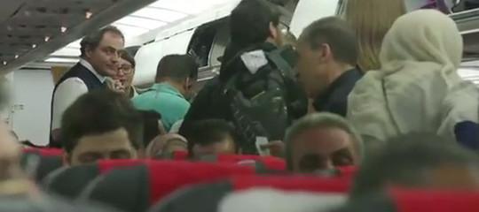 Migranti: nuovo naufragio in Libia,90 morti